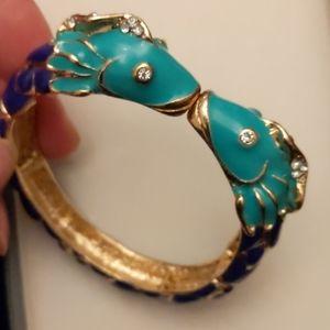 Adorable enamel kissing fish bracelet